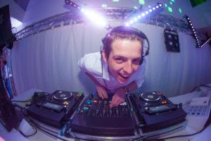 B-BE Bedrijfsfeest DJ