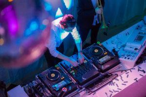 B-BE Zakelijke DJ
