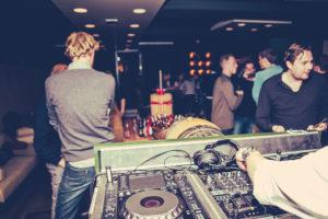 Borrel DJ