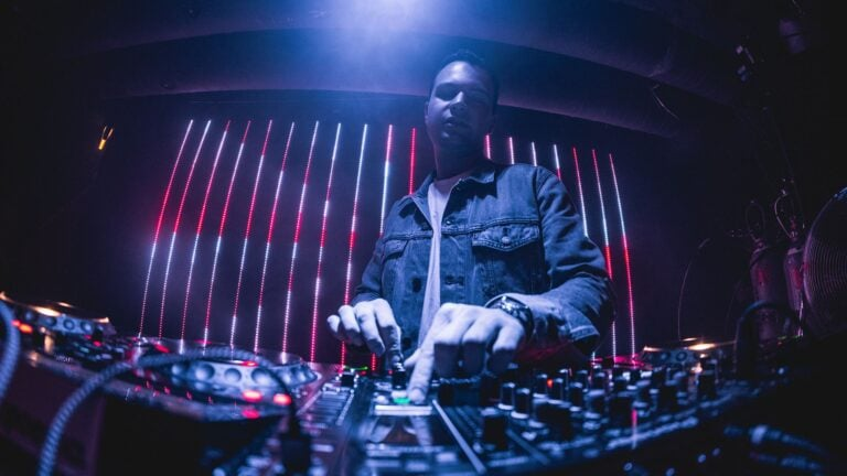 Envello Club DJ