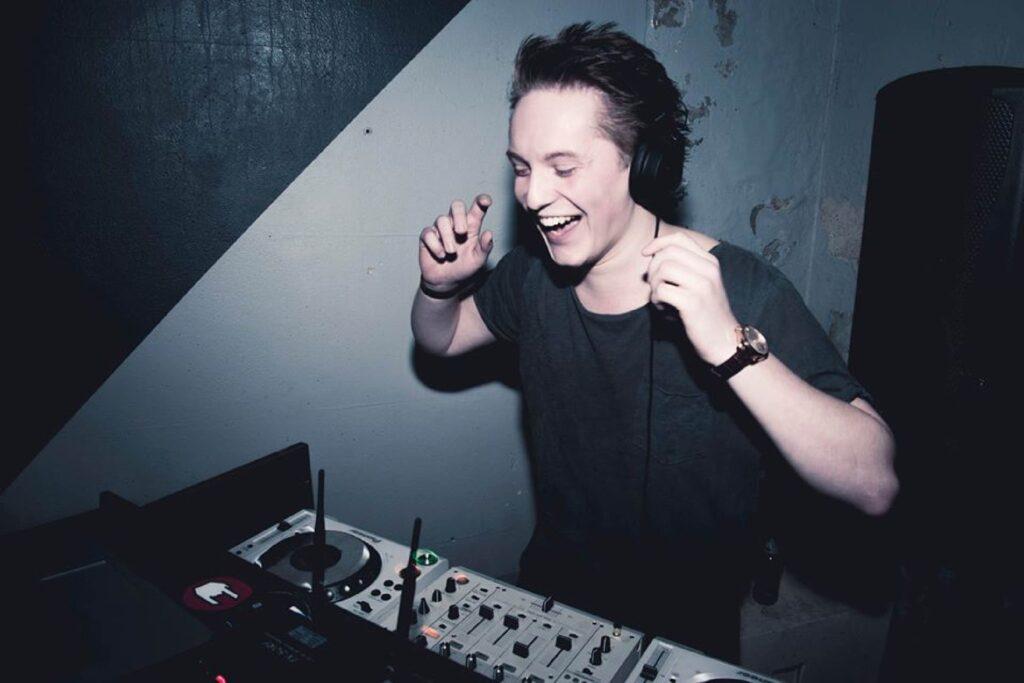 B-BE DJ Huren Tim